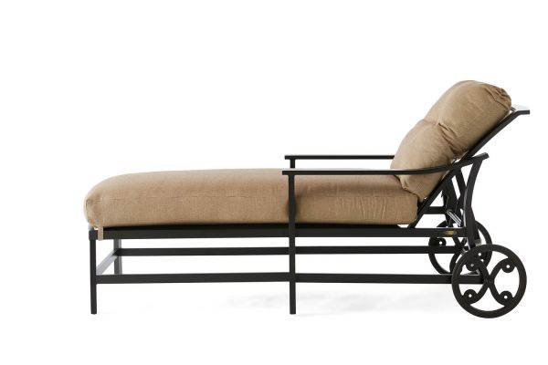 Ellington Chaise Lounge