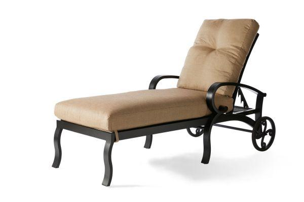Salisbury Chaise Lounge
