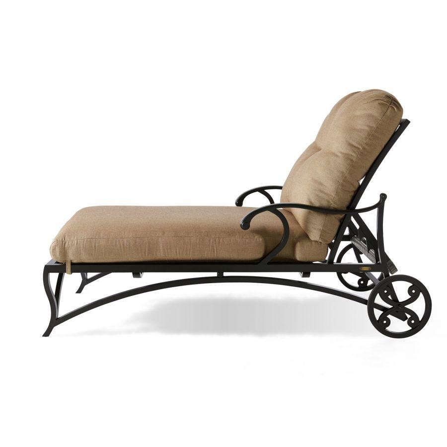 Volare Cushion Oversized Chaise Lounge