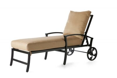 Oakland Chaise Lounge