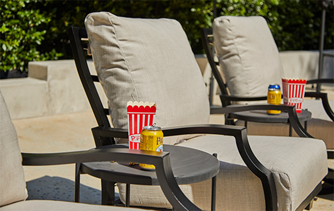 Mallin Palisades Cushion Lounge Chairs with popcorn